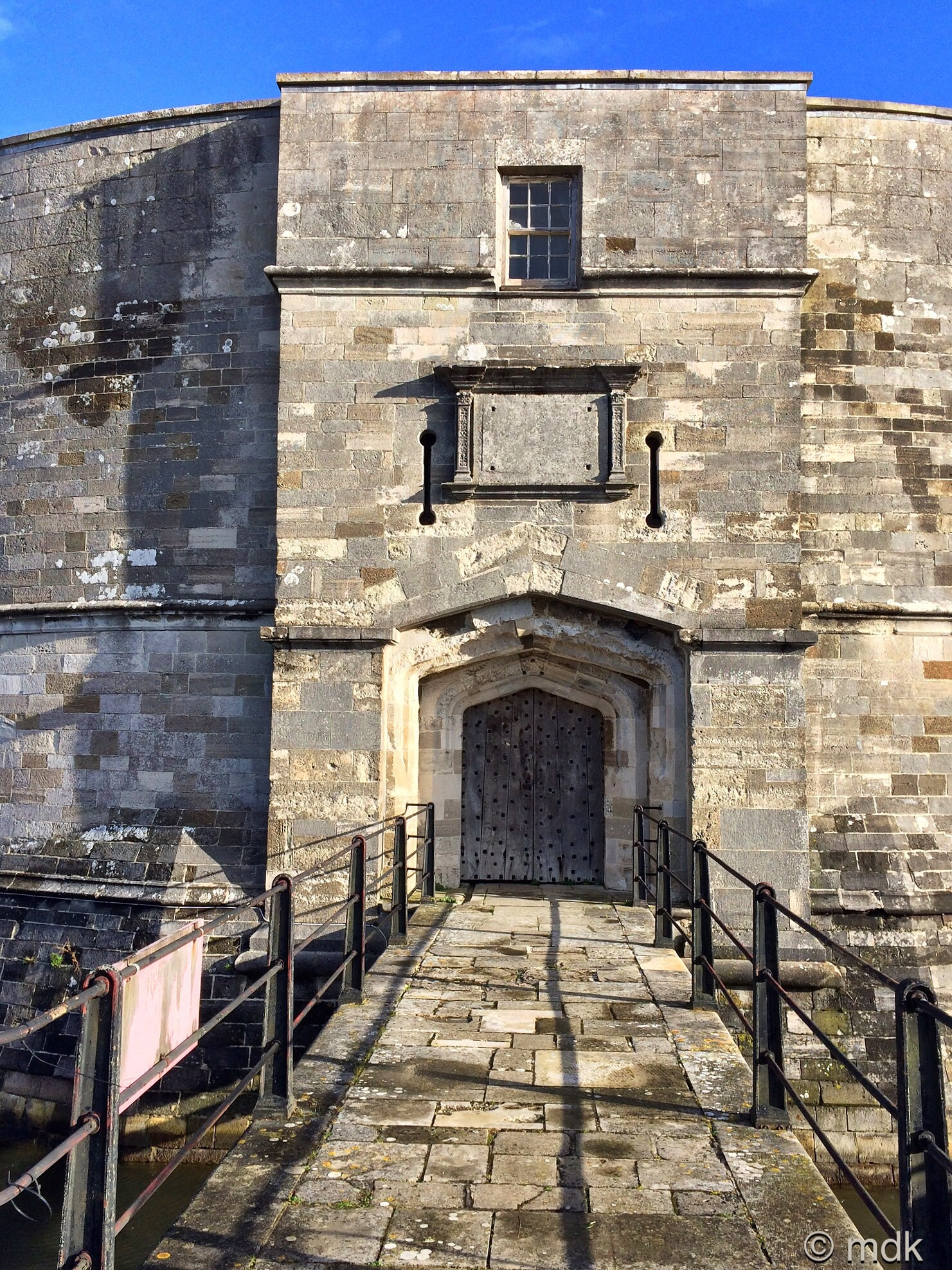 Calshot Castle entrance